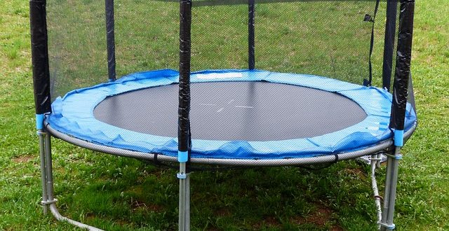 How To Set Up A Trampoline: Trampoline Assembly Instructions